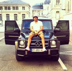Younes Bendjima sitting on a Mercedes-Benz G-Class [11]