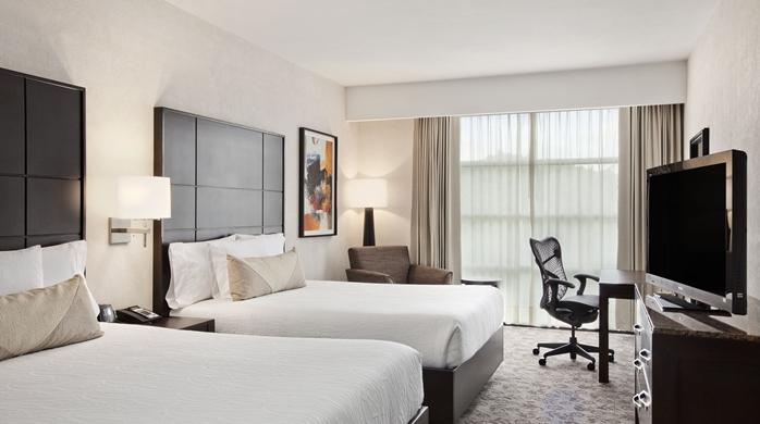 2 Queen Beds Evolution Room