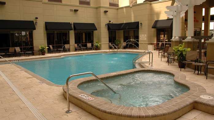 Outdoor Pool & Whirlpool