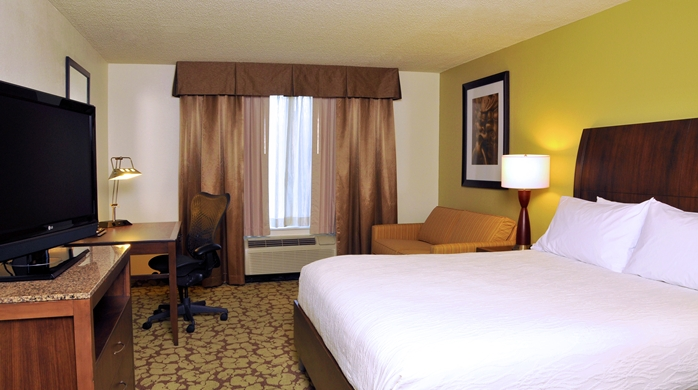 King Guest Room Full Room View