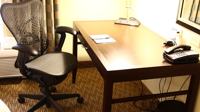 Large in-room workspace