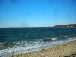 The Great Peconic Bay, with the Atlantic Ocean as its primary inflow, separates the North Fork and South Fork at the East End of Long Island.