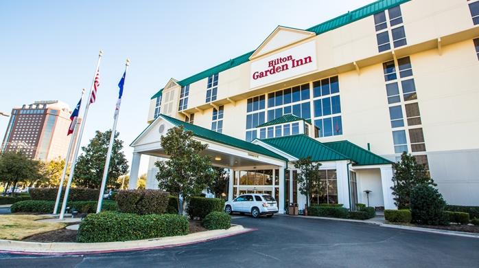 Hotel Exterior and Circle Drive