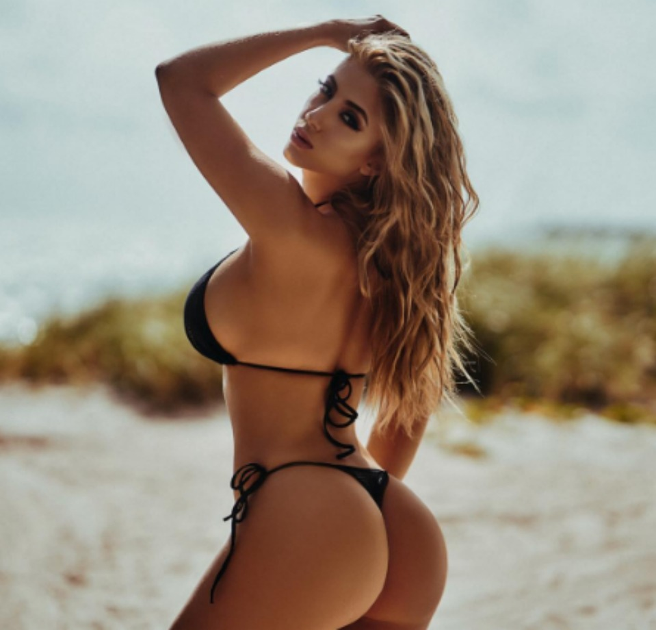 Valeria Orsini Nude Photos