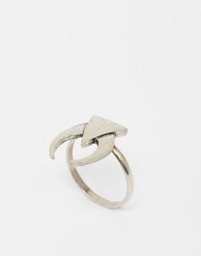 The 2Bandits Midnight Crescent Ring