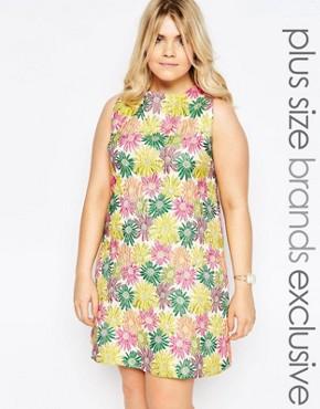 Truly You Bright Floral Jacqaurd Shift Dress