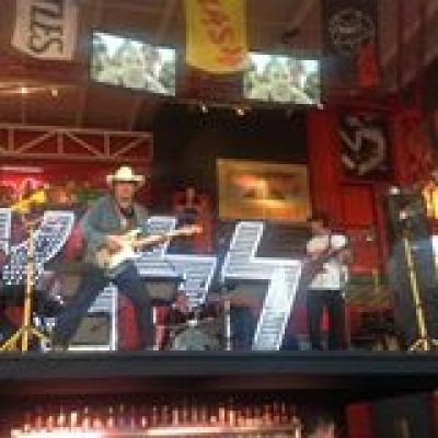 Grand Opening - Rock & Brews, Mexico