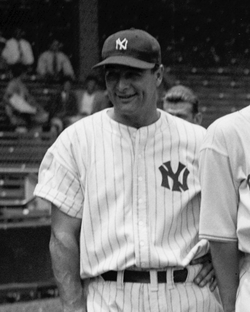 Lou Gehrig                                was the first Yankees player to have his number retired, in 1939.