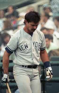 Don Mattingly                                headlined a Yankees franchise that struggled in the 1980s
