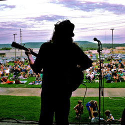 """Lowe Mill """"Concerts on the Dock"""" Series"""