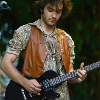 Jake Zelinger, Guitarist/Vocals/Ableton