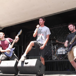 Pyro, Ohio at Warped Tour 2012