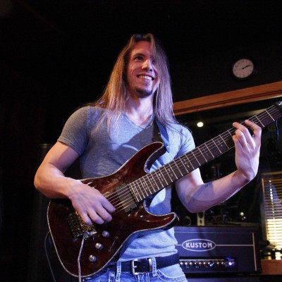 Alex Campbell - Guitar