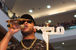 Flo Rida performing live in 2012