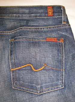 7 For All Mankind's Original pocket stitching