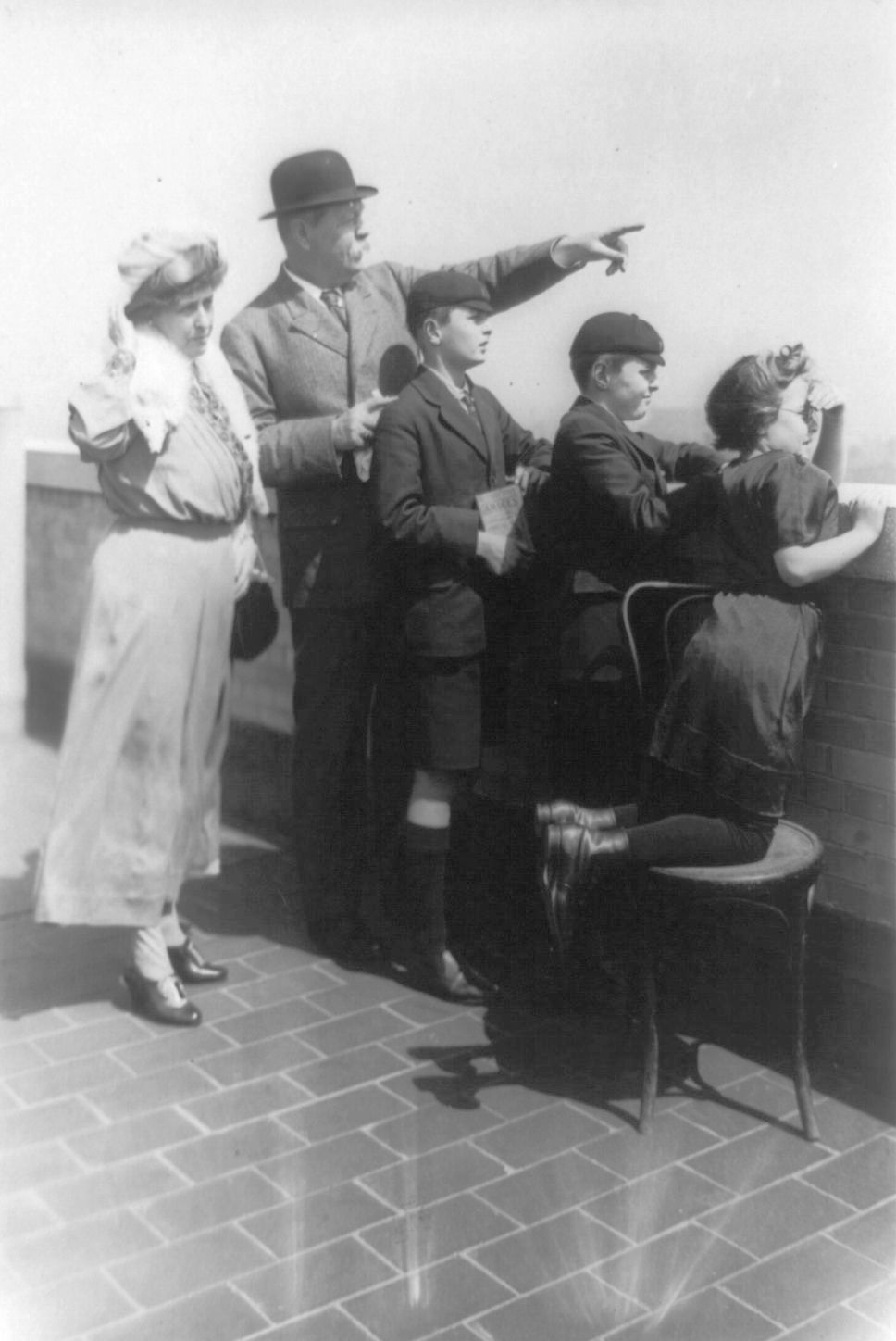 Doyle with his family in New York City, 1922