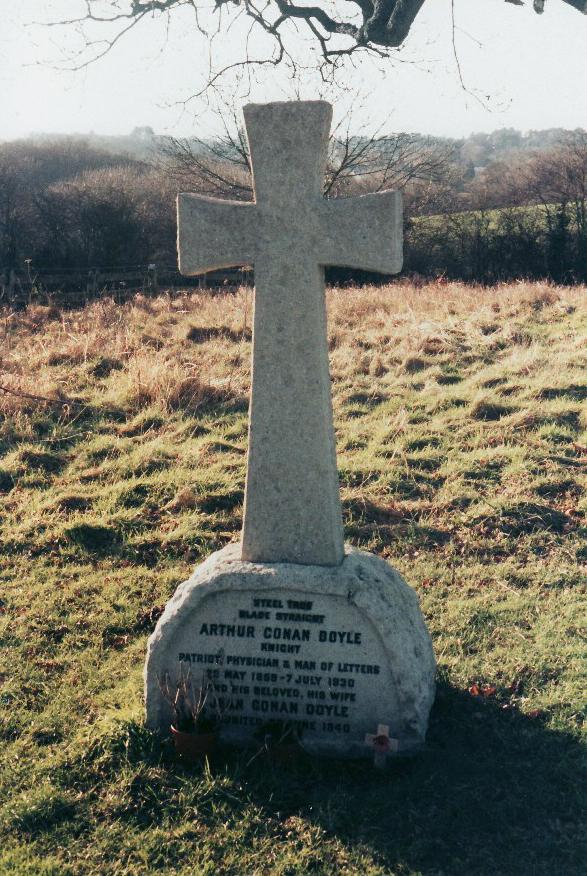 Doyle's grave at Minstead, England