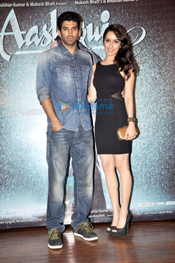 Kapur with Shraddha Kapoor at the success bash of Aashiqui 2 in 2013