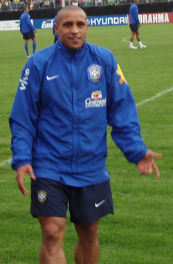 Roberto Carlos in 2006 with the Brazil national football team