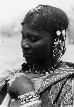 An Ibenheren (Bella) woman