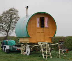 A Romani wagon pictured in 2009 in Grandborough (Grandborough Fields Road is a popular spot for travelling people)