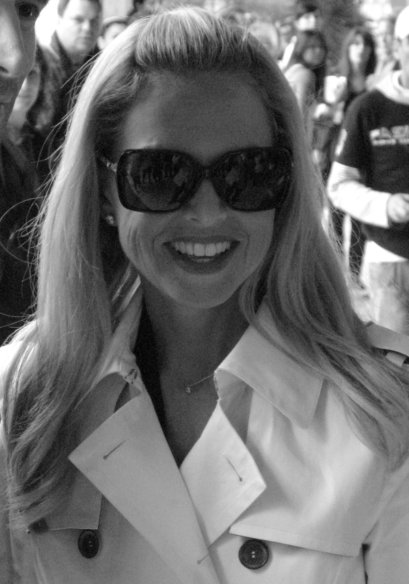 Zoe at a Diane Von Furstenberg show in September 2010