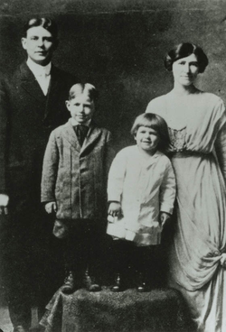 "Ronald Reagan (with ""Dutch"" haircut), his elder brother Neil, and their parents Jack and Nelle Reagan. Photograph circa 1916–17."