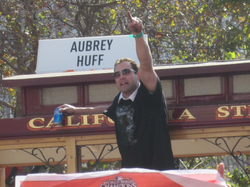 Pat Burrell in the Giants' 2010 World Series victory parade.