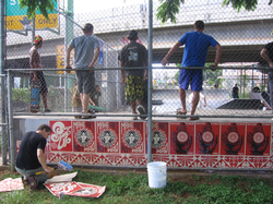 Fairey working with Hawaii-themed art at an official installation at the Makiki, Honolulu Skate Park
