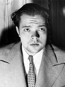 "Welles's 1938 radio broadcast of ""                                 The War of the Worlds                                "" caught the attention of                                 RKO"