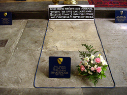 Shakespeare's grave, next to those of Anne Shakespeare, his wife, and  Thomas Nash  , the husband of his granddaughter.