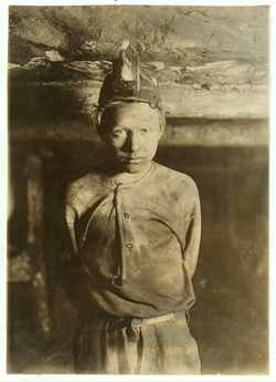 Child labor in the coal mines, West Virginia, 1908. Photo by Lewis Hine.