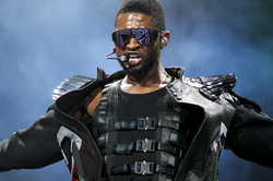 Usher on the OMG Tour