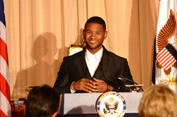 Usher at the Kennedy Center Honors in 2015.