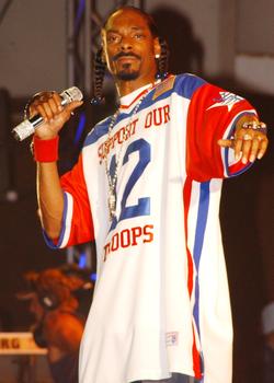 Snoop Dogg performs in Hawaii for U.S. military members in 2005.