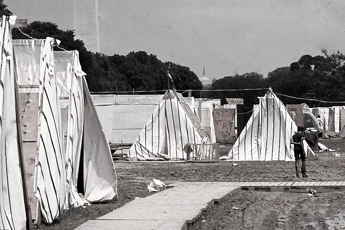 A 3,000-person shantytown called Resurrection City was established on the National Mall.
