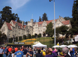 Bowles Hall                                at the 2003 Homecoming and Parents Weekend