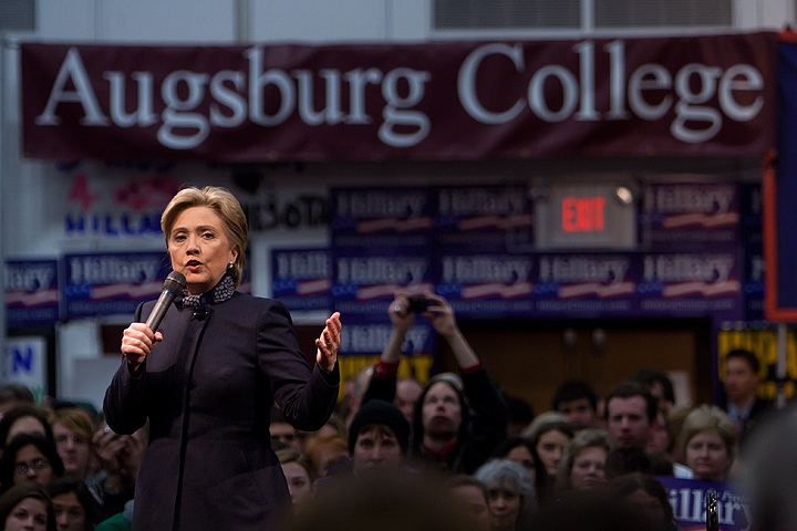Clinton campaigning at Augsburg College in Minneapolis, Minnesota, two days before Super Tuesday 2008.