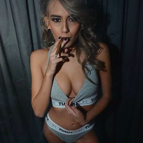 Janice griffith joint smoking