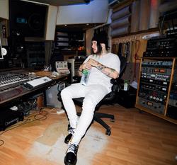 Smokeasac in the studio (2017)