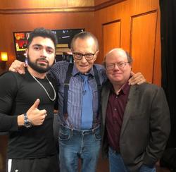 Sam Kazemian (left) withLarry King andLarry Sanger