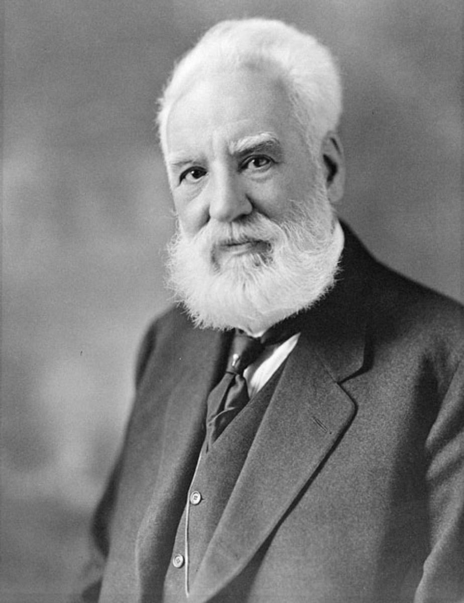 Portrait photo taken between 1914 and 1919