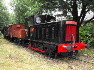 LMS diesel shunter 7051