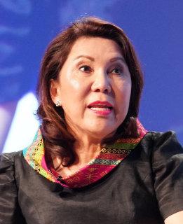 Wanda Corazon Teo