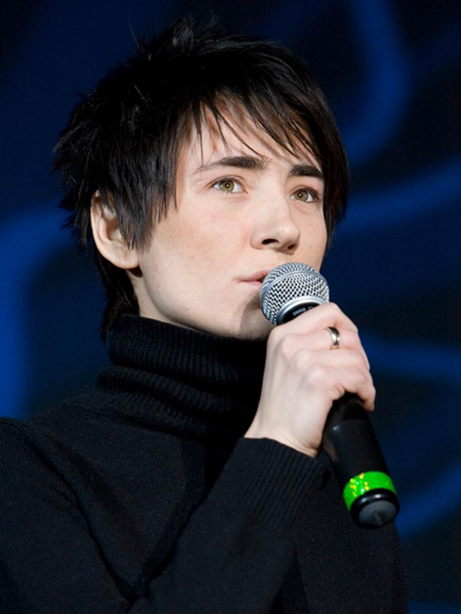 Zemfira in 2009